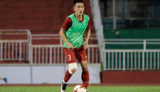Câu chuyện về Huỳnh Tấn Sinh: 'Gia đình từng không cho theo bóng đá'