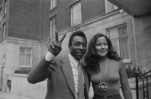 Vua bóng đá Pele: Tài tử đào hoa bậc nhất của làng bóng